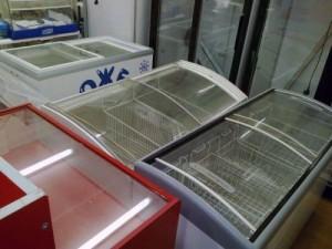 Торговые холодильники и прочее торговое оборудование - распродажа в Самаре фото