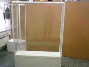 Продам новые торговые витрины фото объявления