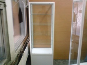 Фото - продажа стеклянных витрин